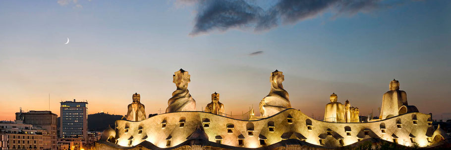 La Pedrera (Casa Milà) Creado por Gaudí entre 1906 y 1912