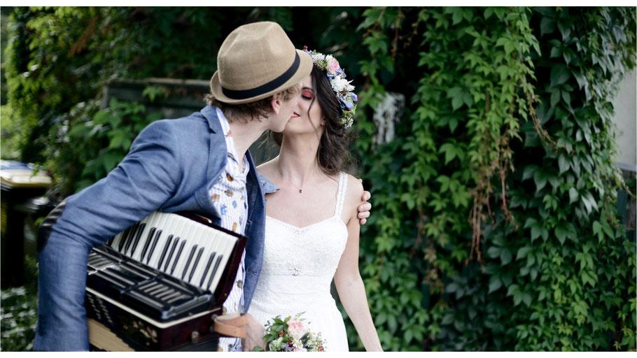 Hochzeitsreportage mit Tamina und Jan - Kulturnhalle in Leipzig - von Dirk Brzoska begleitet als Hochzeitsfotograf