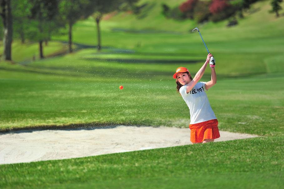 女子プロゴルファー