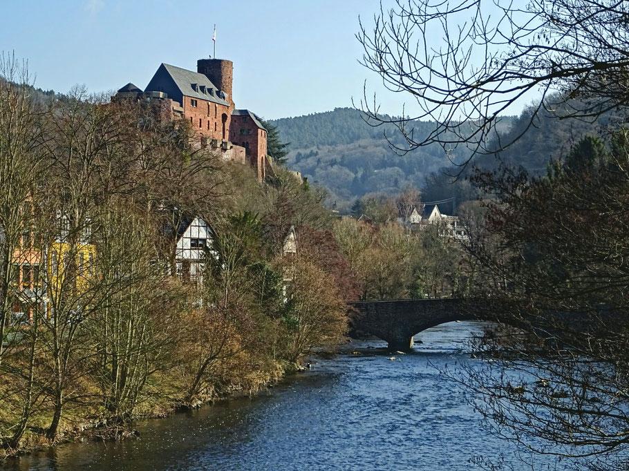 Burg Hengebach Heimbach