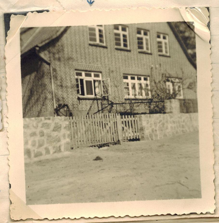 Hof van Gunst 1955 gleiches Gebäude wie oben (1948 neu aufgebaut)
