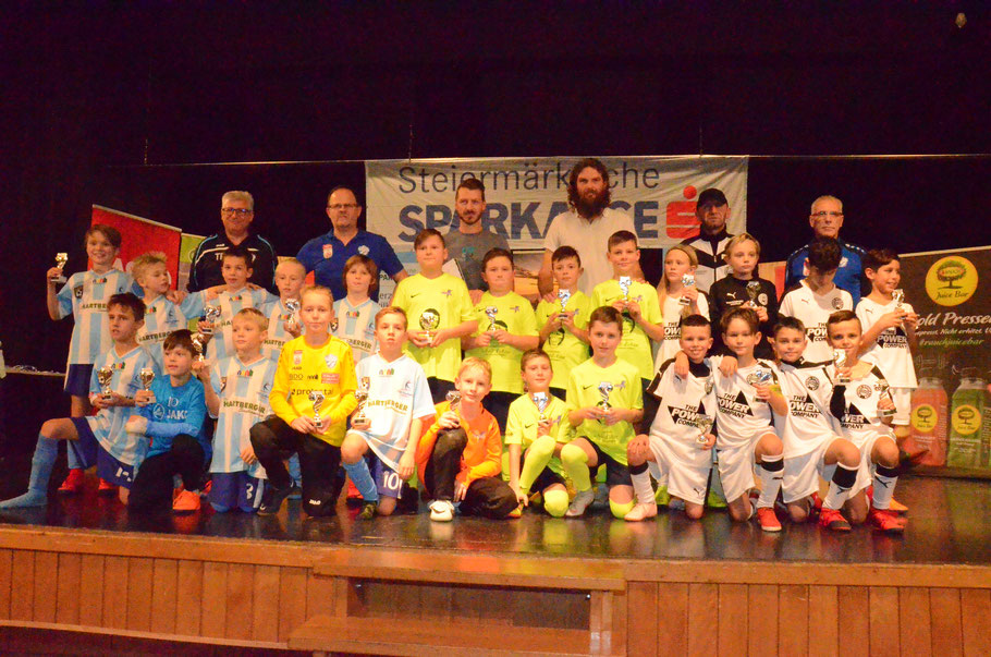 TOP 3 - Sieger: FC Veitsch - 2. Platz: JUNIORS Hartberg I - 3. Platz: Wiener Sport-Club