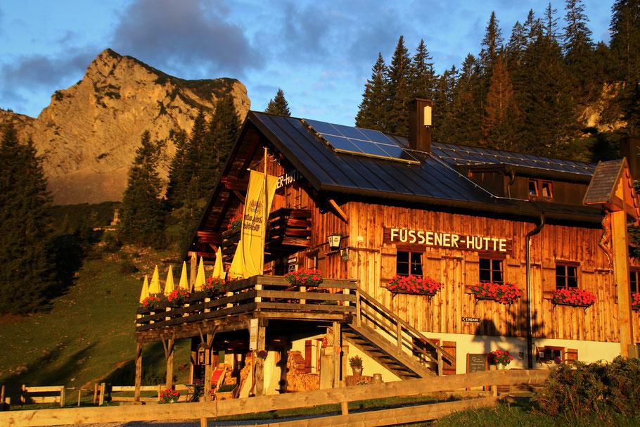 Übernachten auf der Füssener Hütte in Tirol