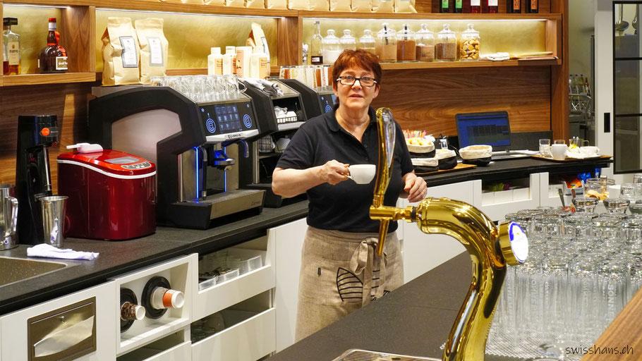 Frau Huber im Café Backstube Widnau