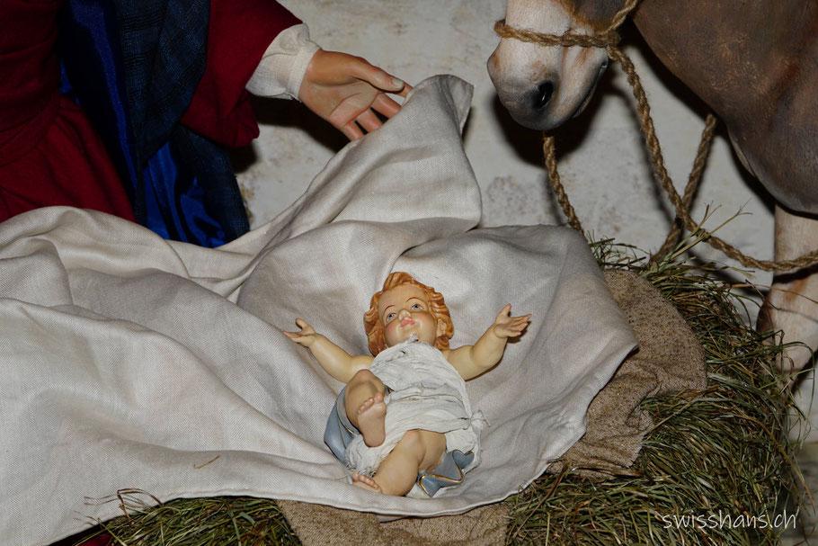 Jesuskind in der Krippe der Kirche St. Jakobus in Widnau