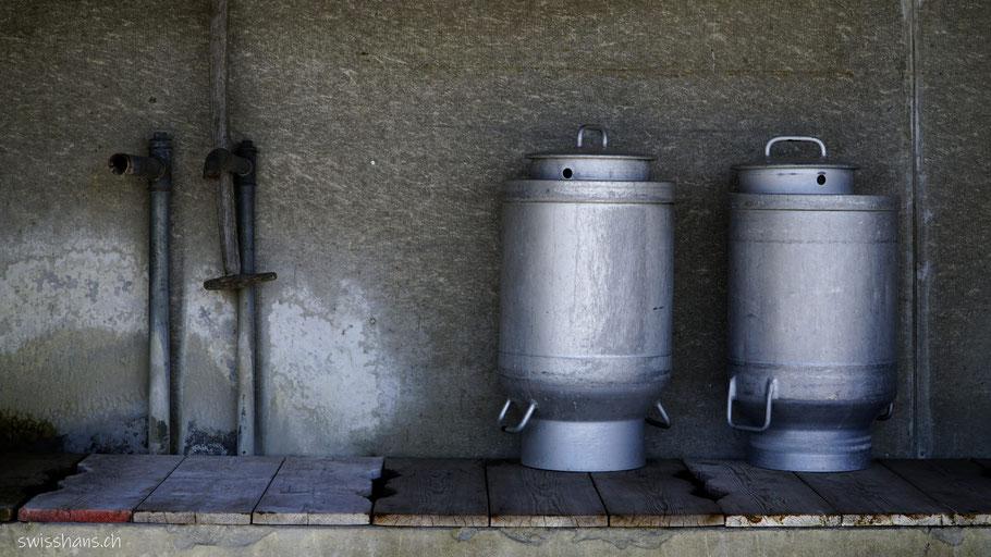 Milchtansen auf dem Brunnen beim Unteren Gäbris