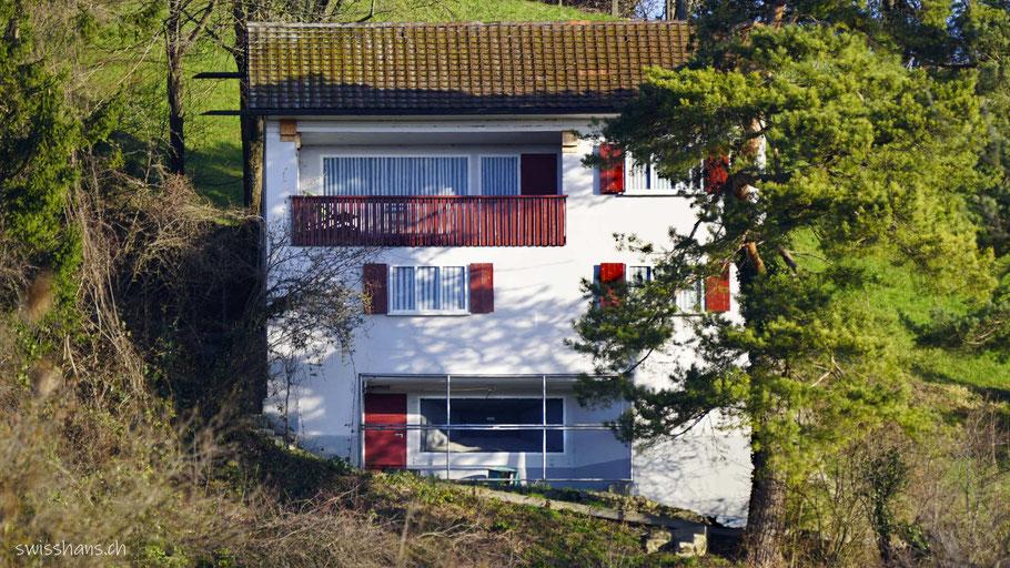 Als Haus getarnte Bunker beim Festungsmuseum Heldsberg bei St. Margrethen