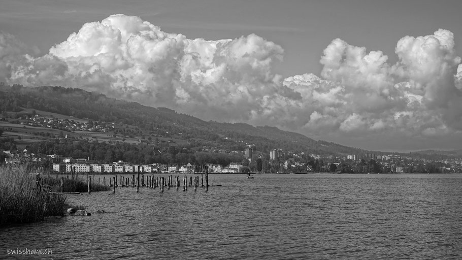 Bodensee mit Rorschach und spannenden Wolken