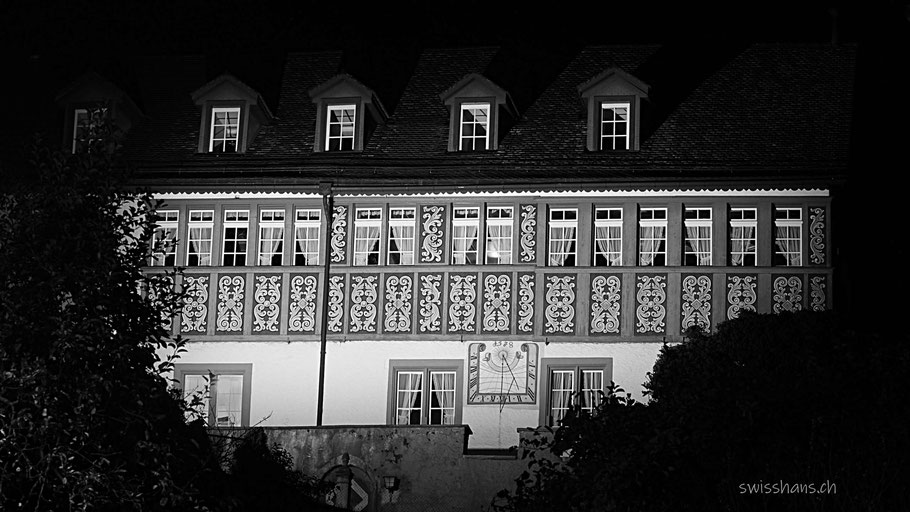 Nachtaufnahme der Burg Rebstein