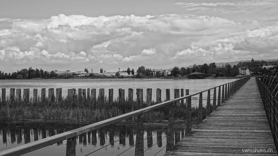 Steeg und Wellenbrecher bei Staad am Bodensee