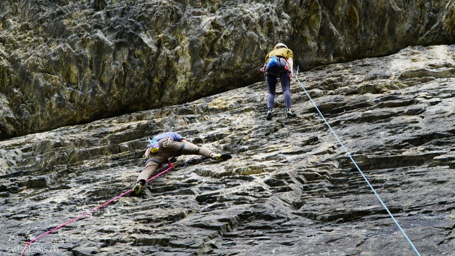 Kletterfels mit Kletterern