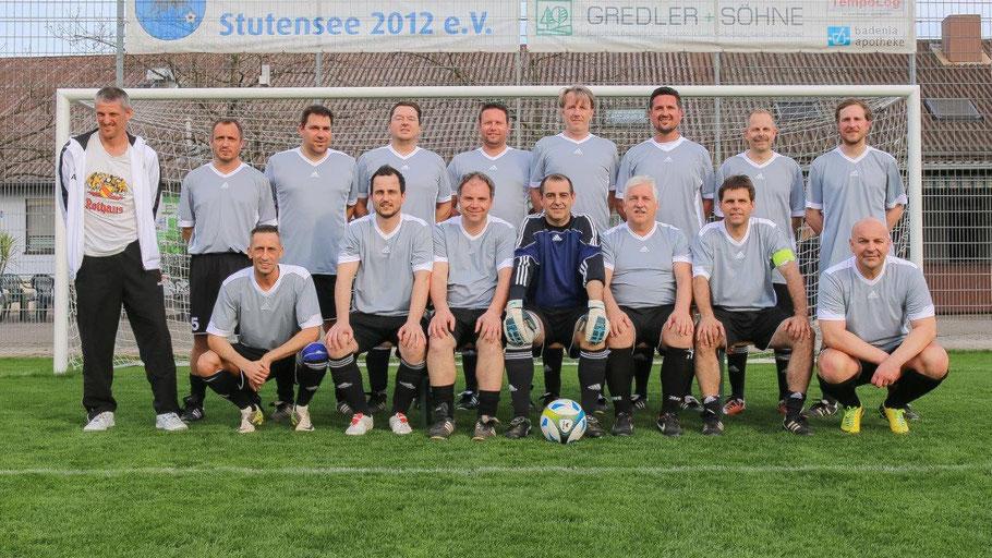 Mannschaft beim AH-Kreispokalspiel gegen den TV Spöck am 31.03.2017 - Foto: Daniela Bauer