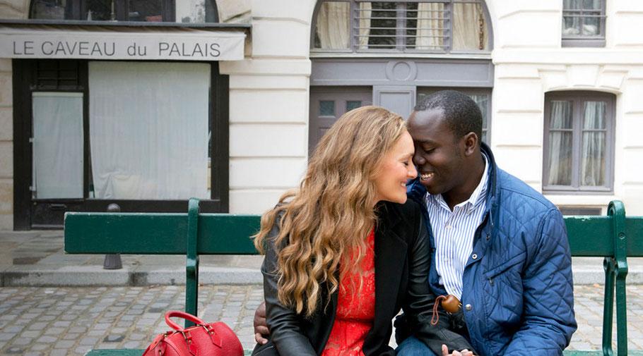 A Paris Photographer - Engagement photography in Paris