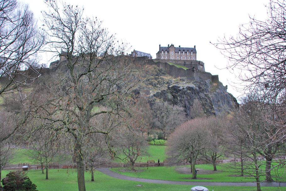 Edinburgh Castle von der Prince Street