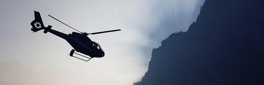 Helikopterflug ab Mollis