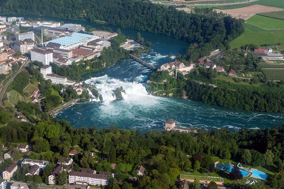 Rundflug Rheinfall - grösster Wasserfall Europas