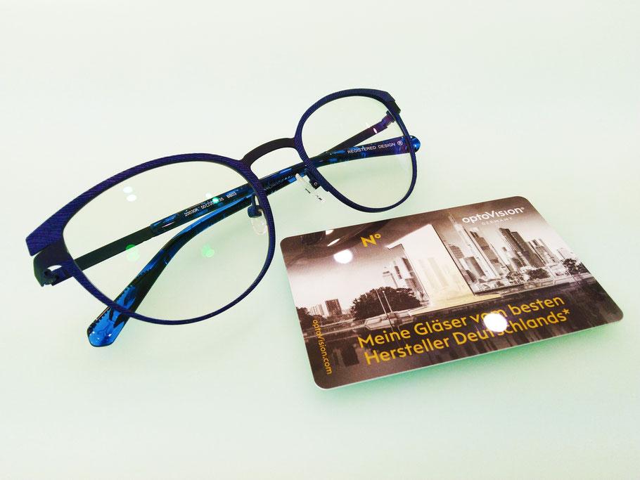 Montatura Koali e lenti progressive fotocromatiche Optovision