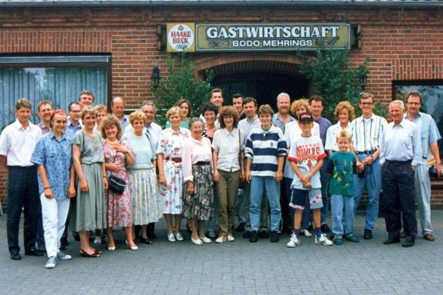 Am 7. Juni 1992 trafen sich 29 Hurrelleute im Gasthof Mehrings in Hurrel zum zweiten Mal.