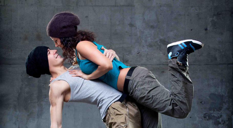 Bild: mentalLOVE Blog Komfortzone Blogparade Tanzen Ursula Maria Ruf