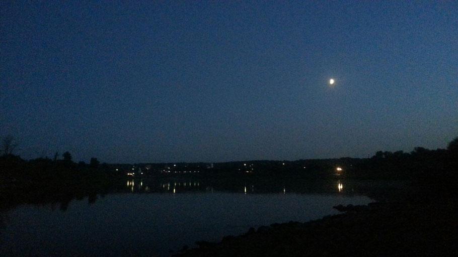 Вид на Тарусу ночью