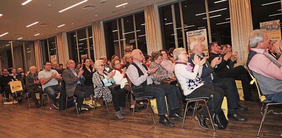 Das Programm erhielt von den Gästen schließlich sehr viel Applaus und durchwegs einhellige Zustimmung.