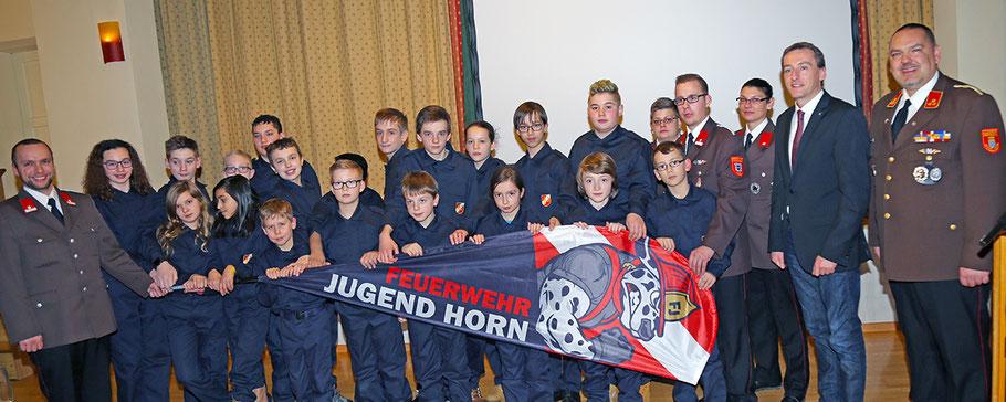 Die Horner Feuerwehrjugend bei der Jahreshauptversammlung im Jahr 2017 / Archivbild © Josef Pfleger