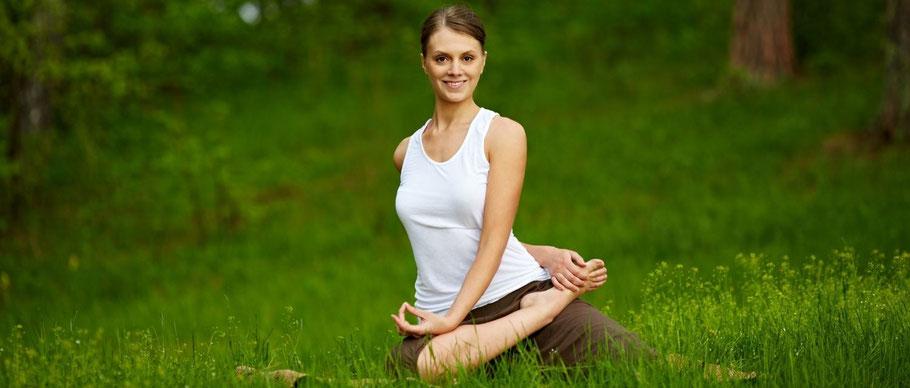 posture méditation assise debout allongée pleine conscience