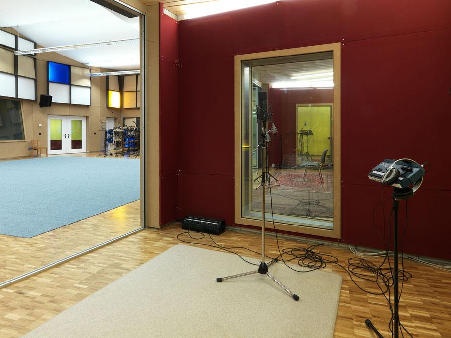 Gabriel Recording - Aufnahmeraum mit 13m2 - Biggest Recording Studio in Switzerland- Largest Recording Studio in Switzerland