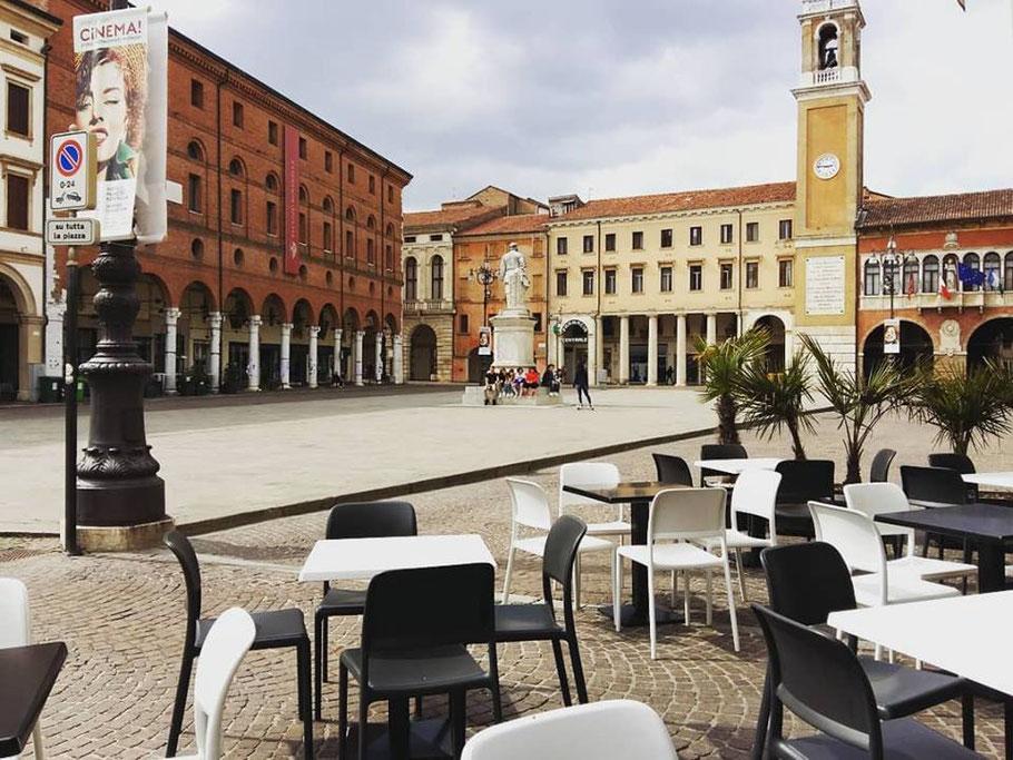 Piazza Vittorio Emanuele II, Visitare Rovigo