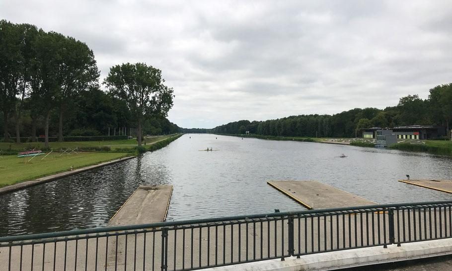 The 2,2 km (1.37 mile) rowing track Bosbaan, was first used in 1934
