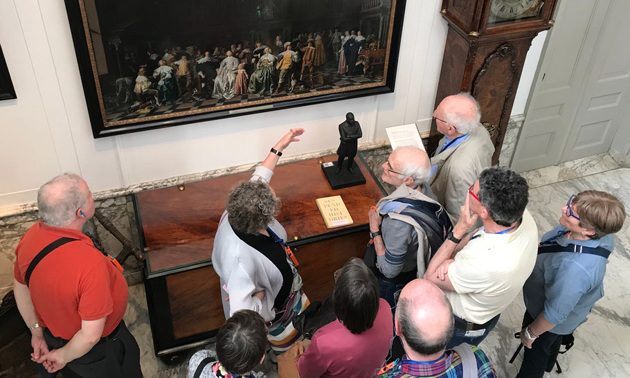 A tour in the museum, connecting history and today.