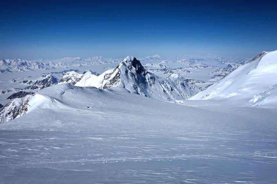 King Peak im Rückblick von Lager 3/4 © Helga Söll