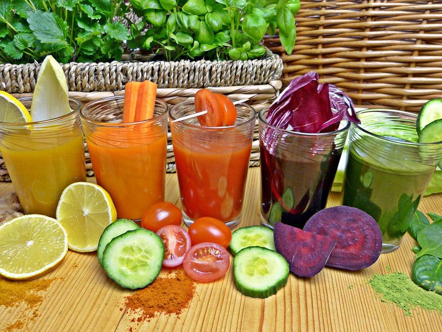 Gemüse Smoothies als Einstieg in eine neue individuelle Ernährung