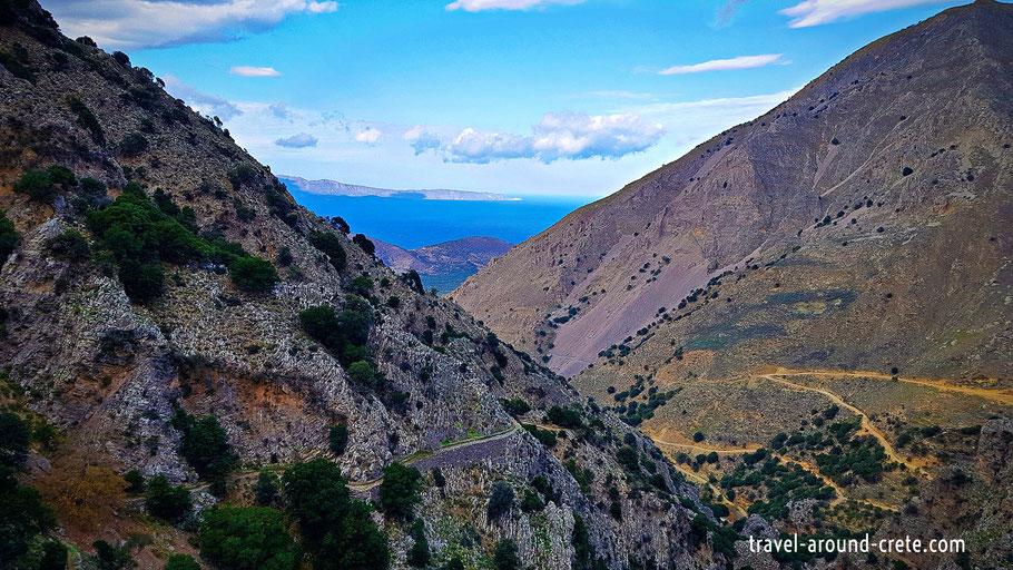 Kavousi, Ancient olive tree, mesonas schlucht, mesonas canyon, kreta, crete, kriti, hiking in crete, canyons in crete, wandern in kreta, schulchten auf kreta, spazieren auf kreta, nicht baden, sportlich auf kreta, fahrrad auf kreta, authentisches kreta