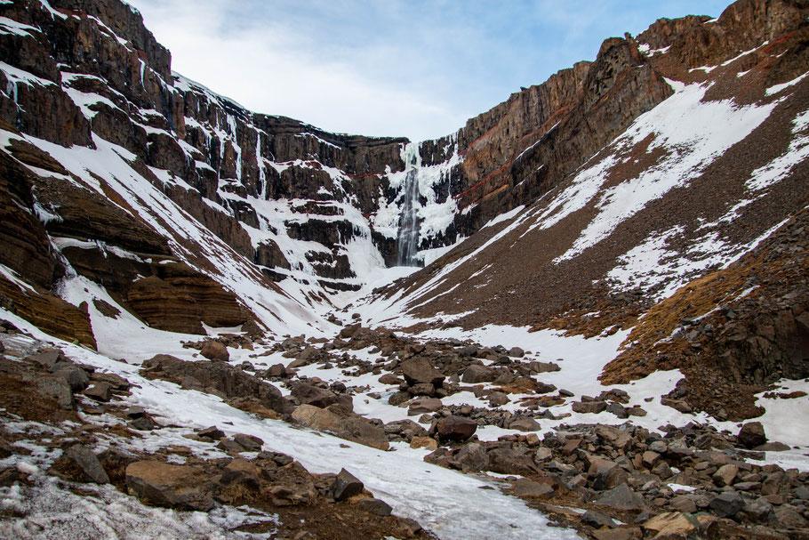 Hengifoss, iceland, waterfall, landscape