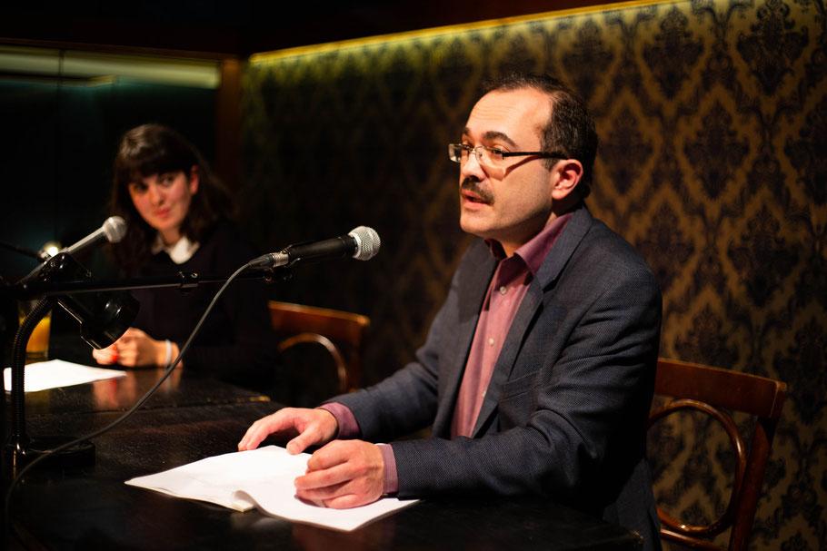 Dmitri Dragilew reading his work and Nefeli Kavouras reading the translation