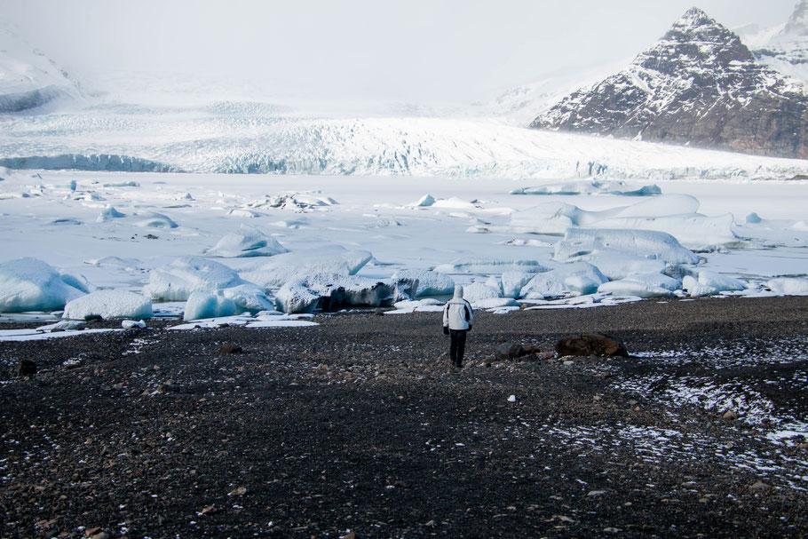 Fjallsárlón glacial lagoon and Fjallsjökull glacier, iceland, landscape