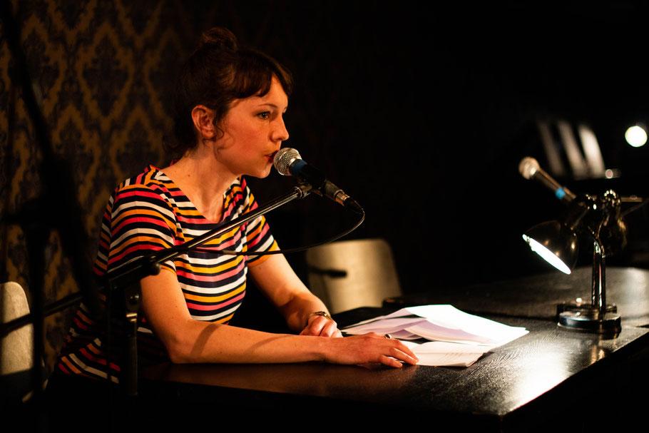 Laura Lichtblau, reading, hamburg, hafen lesung, nachtasyl