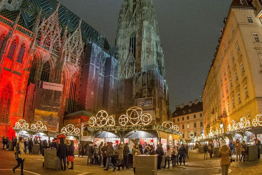 mag lifestyle magazin online reisen urlaub travel österreich weihnachtsmarkt wien stephansplatz