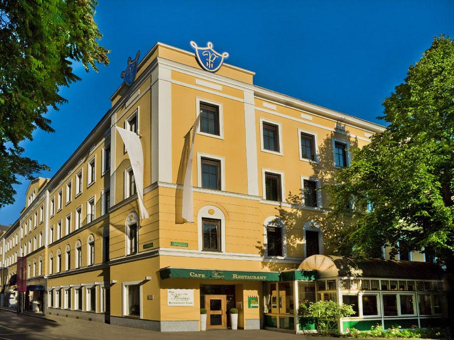 MAG Lifestyle Magazin online Corona Virus Lockdown Grazer Hotelier Philipp Florian Graz Luxushotel Parkhotel verschenkt Zimmer Touristen Österreich Urlaub Reisen