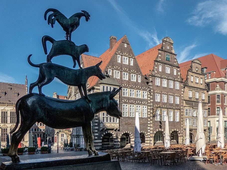 MAG Lifestyle Magazin Reisen Urlaub Deutschland Bremen Bremerhaven Bremer Stadtmusikanten Wahrzeichen Rathaus