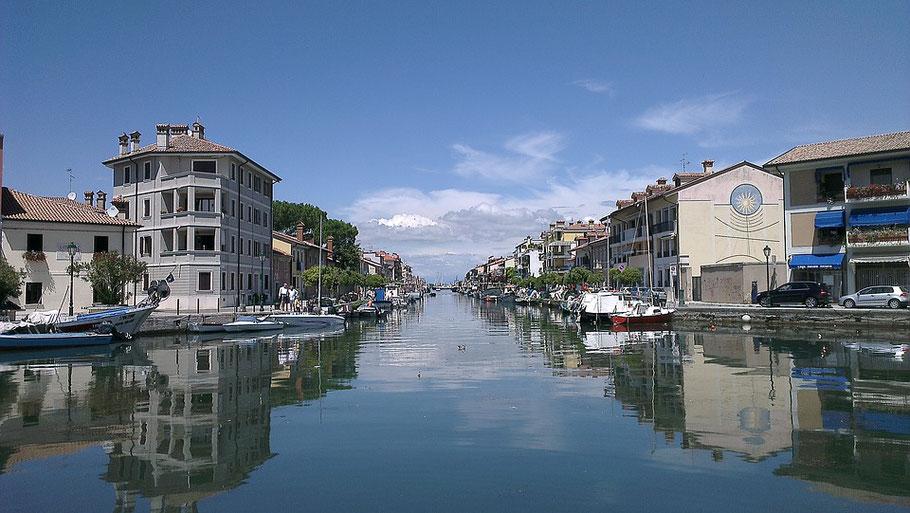 MAG Lifestyle Magazin Urlaub Reisen Italien obere Adria Grado Altösterreich italienisches dolce Vita Hotel Ville Bianchi