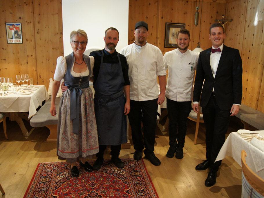MAG Lifestyle Magazin Reisen Urlaub Reisen Österreich Tirol Zillertal Hotels Alpenhof Spitzenküche genussvolles Treffen