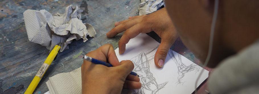 LichtwarkSchule: Flüchtlingsarbeit. Zeichnen.Foto: Reimar Palte