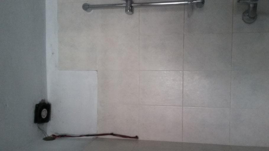 Computerlüfter Badezimmer -Bild lässt sich leider nicht drehen ;)