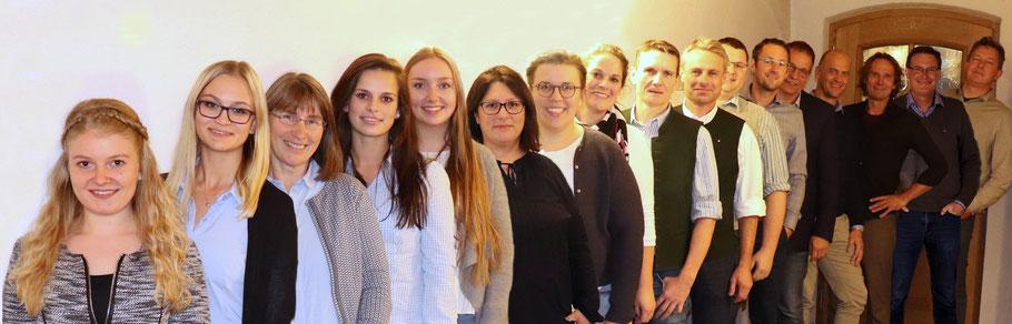 Die UWG-Liste für den Weyarner Gemeinderat: Wir sind stolz auf unsere Frauenpower und die vielen jungen Kandidat(inn)en!