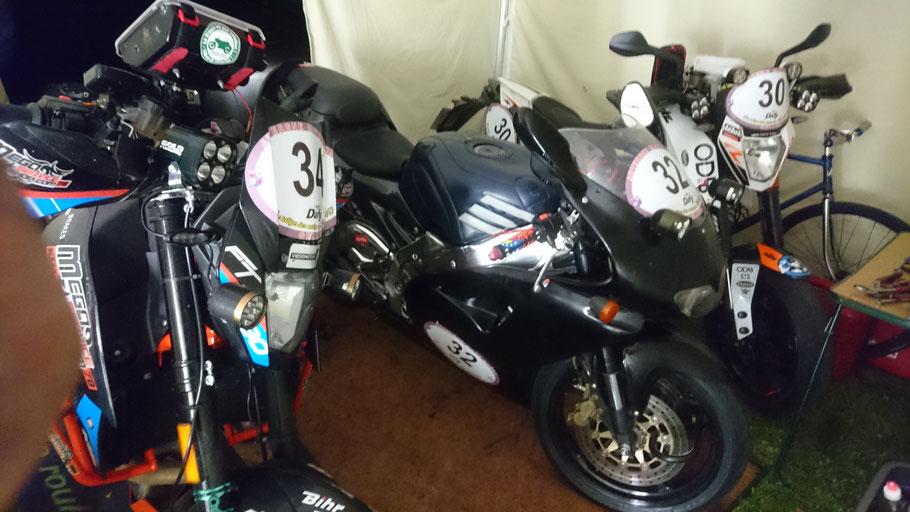 Les motos des Poireaux Auvergnats