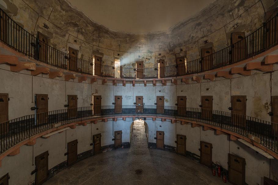 Prigione di Autun, edificata sul modello del Panopticon di J. Bentham