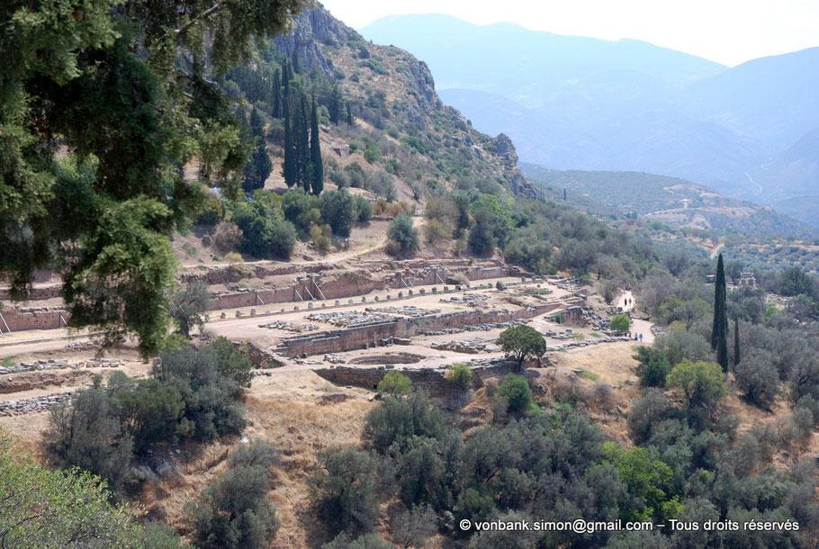 GR - Delphes : Le site du gymnase - Grèce
