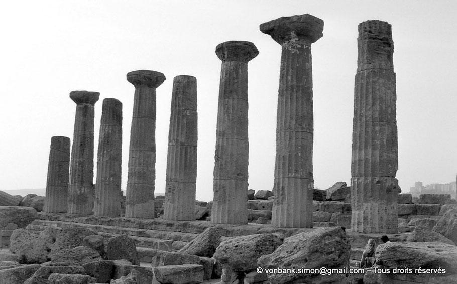 Italie - Sicile - Agrigente - Temple d'Héraclès (Hercule) : Face Sud (Vallée des temples)